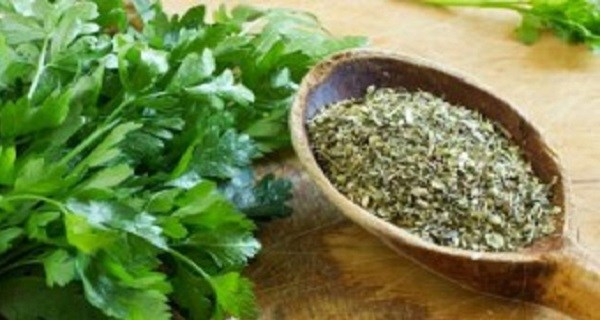 This-Woman-Was-72kg-On-Thursday-and-Went-Down-To-67kg-By-Saturday-With-This-Miracle-Herb