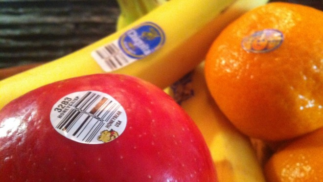 Be Careful And Pay Attention When You Buy Fruits - Here Is What The Fruit Labels Say About The Fruit!