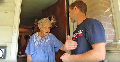 Neighbors Reported Her Messy Home, But When He Shows Up At The Front Door! Unbelievable!