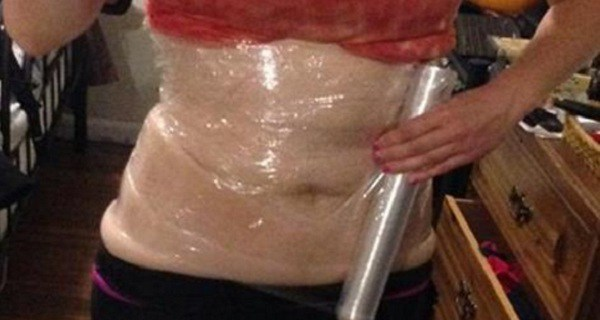 SHE SLEPT WITH PLASTIC WRAP AND BANDAGES ON HER STOMACH – WHAT HAPPENED IN THE MORNING WAS NOTHING SHORT OF A MIRACLE