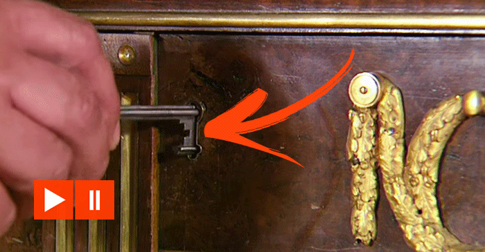 Wait Until You See The Drawers Of This 200-Year-Old Cabinet Are Opened…AMAZING!